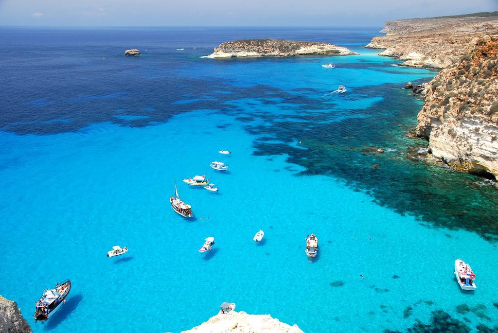 http://www.sicilia-prenotazioni.it/images/hotel/hotel-baia-turchese/F_2412937_21003.jpg